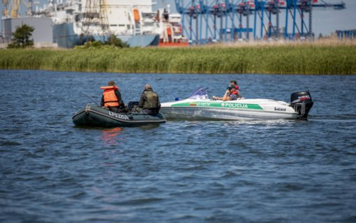 Klaipėdos policijos pareigūnai eismo saugumą kontroliuoja ir vandenyje