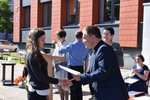 Šiaulių miesto gimnazijų mokiniams įteikti modulio pažymėjimai