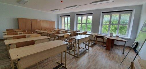 """Į atnaujintą """"Žaliakalnio"""" gimnaziją grįžta mokiniai"""
