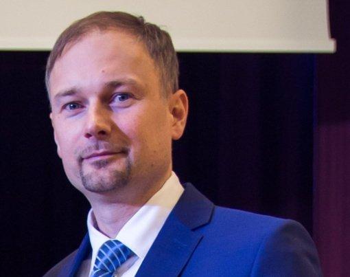 Kauno maisto pramonės ir prekybos mokymo centre pareigų netenka galimus piktnaudžiavimo atvejus į viešumą kėlęs direktorius
