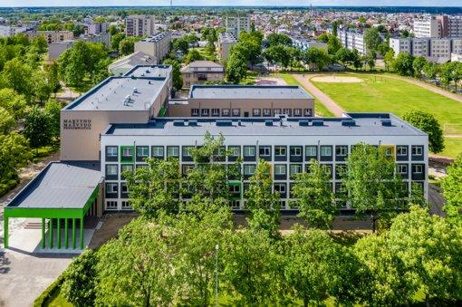 Pasirašyta sutartis dėl Tauragės Martyno Mažvydo progimnazijos stadiono atnaujinimo