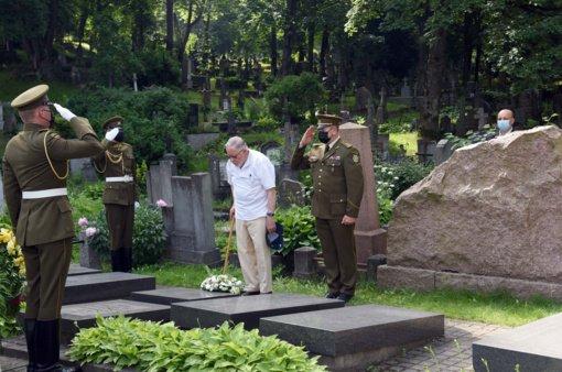 Lietuvoje pagerbiamas Birželio 23-iosios karinio sukilimo dalyvių atminimas