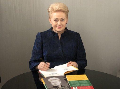 Tarptautinėje Kijevo knygų mugėje pristatytas knygos apie prezidentę D. Grybauskaitę vertimas