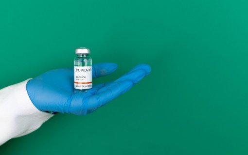 """Lietuvą pasiekė aštuntoji """"Janssen"""" vakcinų nuo koronaviruso siunta – 11 400 dozių"""