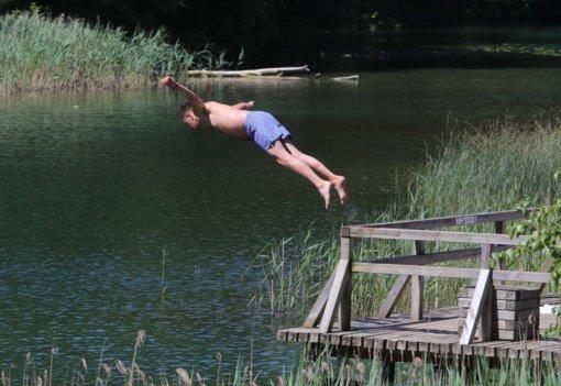 Vandens kokybės tyrimas – trijose vietose maudytis nerekomenduojama