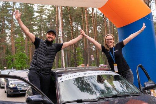 SERES Nacionalinių Vairuojančių Moterų Varžybų 2021 2-asis etapas keliasi į Akmenės-Mažeikių kraštą
