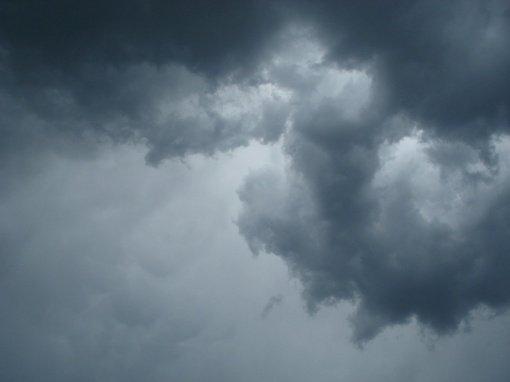 Savaitgalio karštį vietomis nuplaus lietus