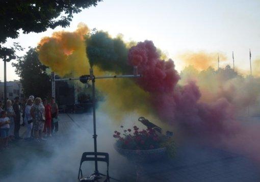 Lietuvos karaliaus Mindaugo karūnavimo dieną vilkaviškiečiai atšventė garsiai ir spalvingai