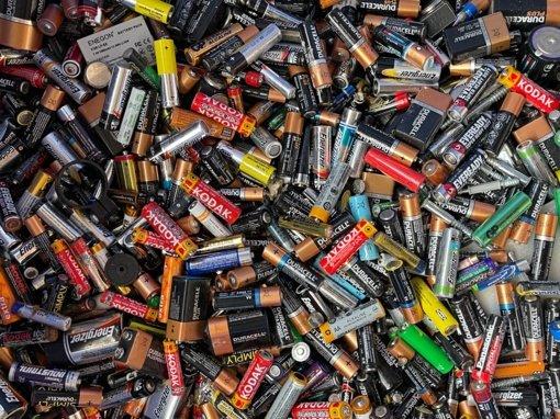 Buityje susidarančios pavojingos atliekos: kur mesti nebenaudojamas baterijas?