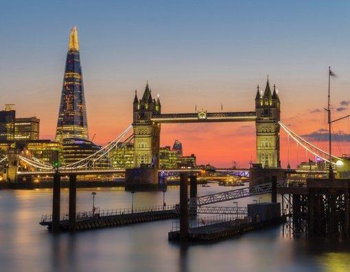 JK patvirtino, kad nuo kitos savaitės Anglijoje bus panaikinta dauguma COVID-19 suvaržymų