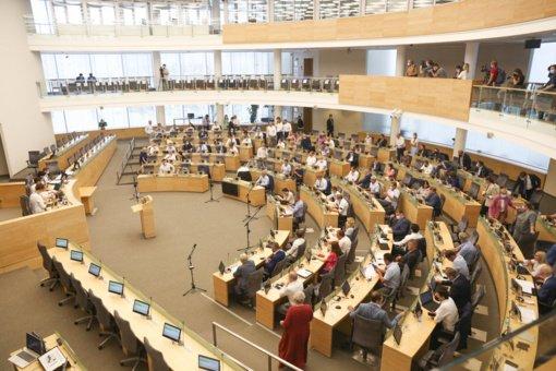 Seimas pritarė siūlymui apriboti tam tikras prieglobsčio prašytojų teises
