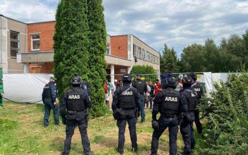 """Ministrė A. Bilotaitė: """"Dieveniškėse budės tiek pareigūnų, kiek reikės, kad gyventojai jaustųsi saugūs"""""""