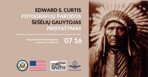 """Edward S. Curtis fotografijų parodos """"Šešėlių gaudytojas"""" pristatymas Vytogaloje"""