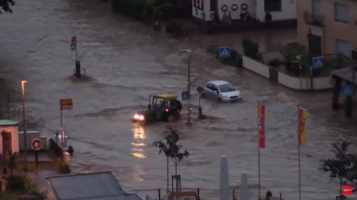 Potvynių užlietose Vakarų Europos šalyse žuvo per 100 žmonių, šimtai tebėra dingę