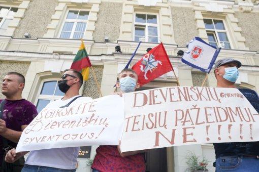 Dieveniškiams protestuojant prieš migrantų apgyvendimimą, į miestelį vyks VRM atstovas