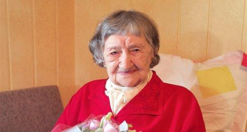 Ašmintos kaimo gyventoja Ona Tkačenko minėjo 100 metų jubiliejų