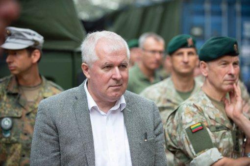 Karines jūrų pajėgas pasveikino A. Anušauskas