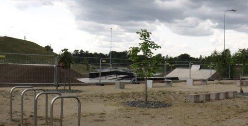 """Vasarai baigiantis naujasis """"Skate parkas"""" – atvertas visiems"""