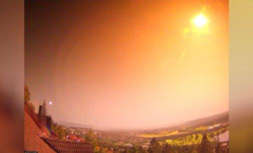 Norvegiją apstulbino naktinį dangų nušvietęs meteoras (vaizdo įrašas)