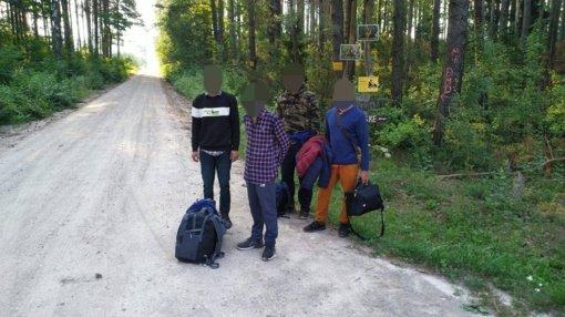 VSAT: ketvirtadienį sulaikyti 137 migrantai