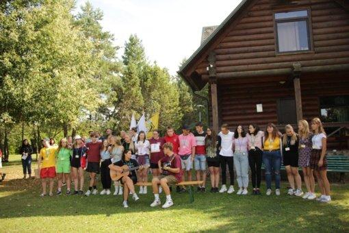 Sedulos stovyklavietėje susibūrė jaunimas iš trijų jaunimo centrų