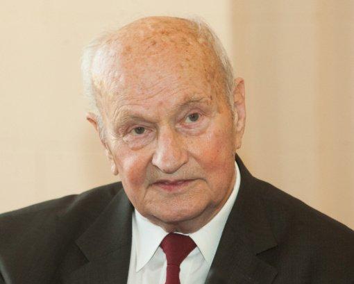 Šalies vadovai reiškia užuojautas dėl mokslų daktaro, kardiochirurgo J. Brėdikio mirties