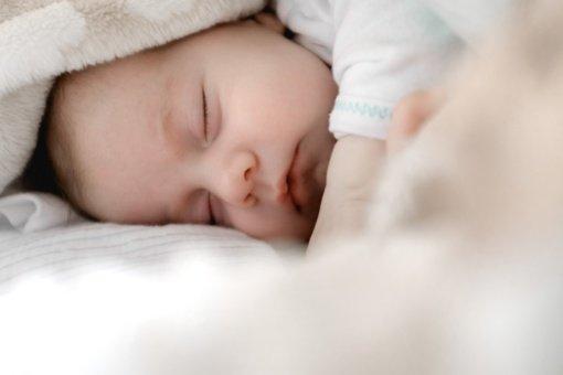 Tarptautinis tyrimas: gimimo vieta lemia, ar sunkų defektą turintis kūdikis išgyvens
