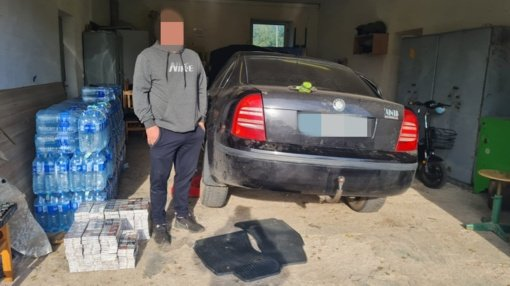 Šalčininkų rajone pasieniečiai sulaikė automobilių slėptuvėse gabentą kontrabandą