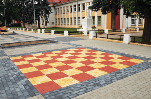 Jauki pėsčiųjų oazė tarp dviejų mokyklų