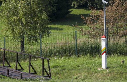 Su migrantų srautu į Lietuvą pateko keliolika ryšiais su teroristais įtariamų asmenų