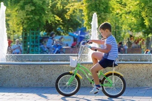 Daugiau kaip 3000 darželinukų ir pradinukų kviečiami susidraugauti su dviračiu