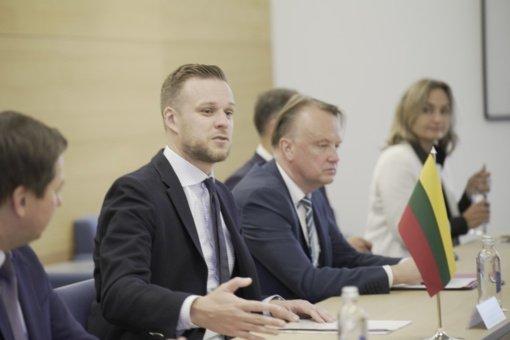 G. Landsbergio susitikime su EK pirmininko pavaduotoju - dėmesys veiksmingesnei ES migracijos politikai