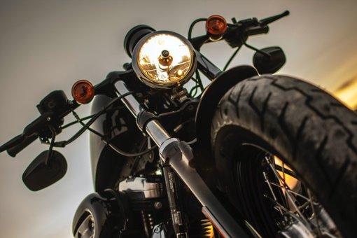 Marijampolės savivaldybėje per avariją nukentėjo motociklininkas