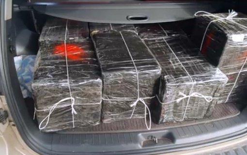 Šalčininkų rajone sulaikytas kontrabandinius rūkalus gabenęs automobilis (vaizdo įrašas)