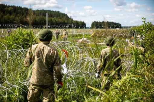 Praėjusią parą neleistinose vietose iš Baltarusijos norėjo patekti maždaug 40 migrantų, nepavyko nė vienam