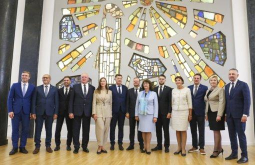 """Seime oficialiai paskelbta apie demokratų frakcijos """"Vardan Lietuvos"""" įsteigimą"""