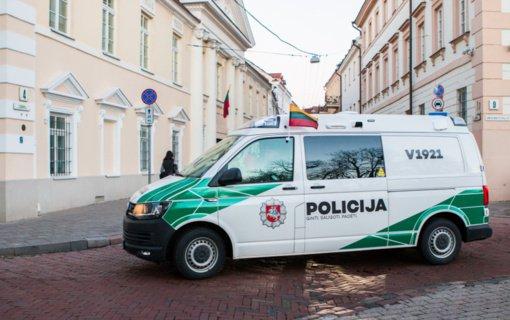 Policijos patikros poste Vilniaus prieigose sulaikytas asmuo su narkotikais