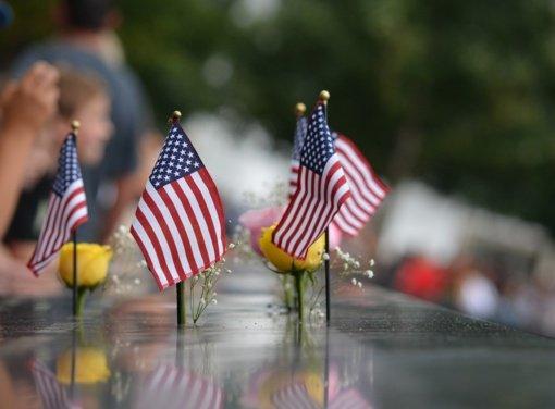 Niujorke vyksta ceremonija Rugsėjo 11-osios atakų metinėms paminėti