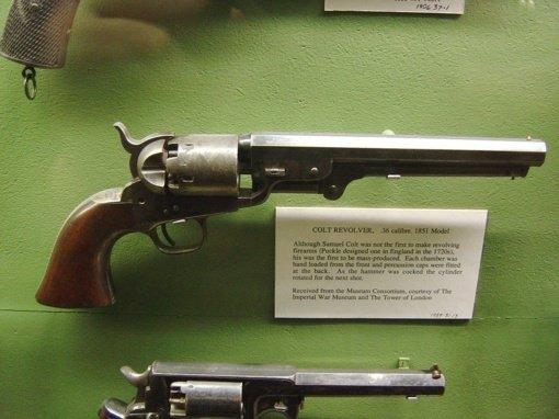 Muziejininkai rado dialogą su policija – istoriniai ginklai bus laiku užregistruoti