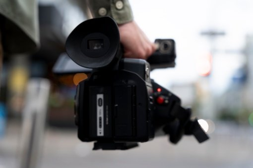 Už trukdymą žurnalistams rinkti informaciją siūloma bausti iki 140 eurų baudomis