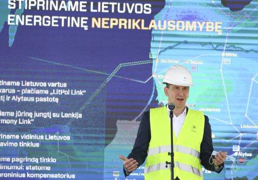 Valstybės uždavinys sparčiai augant vėjo ir saulės elektrinių skaičiui – investuoti į tinklo stabilumą
