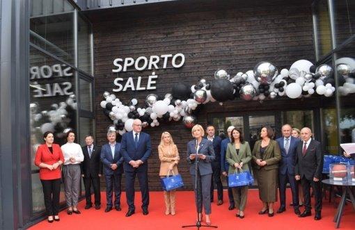 Širvintose užbaigtos sporto komplekso statybos ir atidaryta universali sporto salė