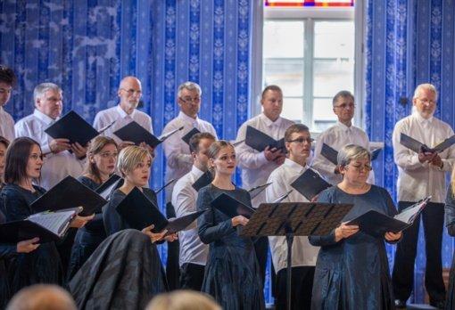 Muzikinė dedikacija Frenkeliams: Pakruojo sinagogoje įvyko įstabi premjera