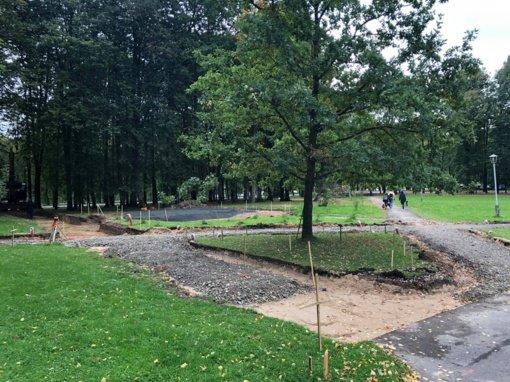 Šakiuose atnaujinamas J. Lingio parkas