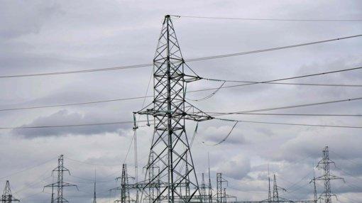 Elektros rinkos barometras: elektra Lietuvoje pigo 20 procentų