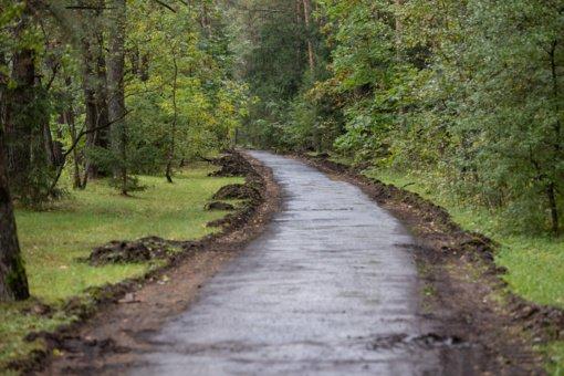 Sostinėje pradėtas pėsčiųjų ir dviračių tako nuo Antakalnio Nemenčinės link remontas
