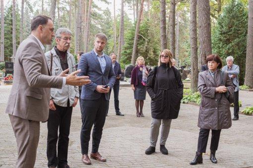 Daugų g. kapinėse planuojama atnaujinti Lietuvos partizanų pagerbimo erdvę