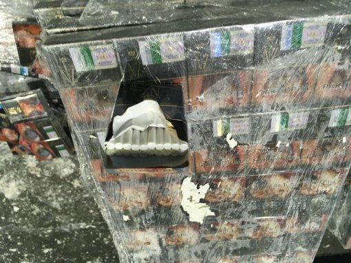 Patikrinę rentgenu, muitininkai gipso plokščių viduje aptiko kontrabandą