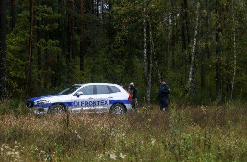 Prie Baltarusijos sienos į Lietuvą per parą neįleisti 67 migrantai