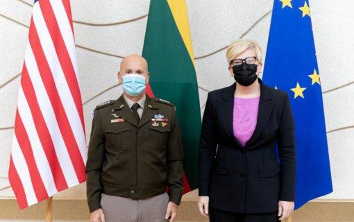 I. Šimonytė su JAV generolu aptarė regiono ir pasaulio saugumo iššūkius